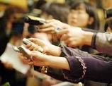 美国侨报:中国两会容不得娱乐化解读