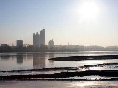 清晨的江城