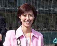 香港亚视主播李彤――个人简历