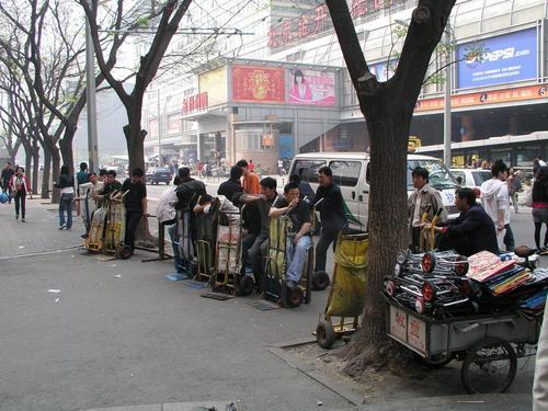 北京:动物园服装批发市场