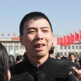 冯小刚出席政协开幕会