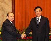 胡锦涛会见阿尔及利亚总统
