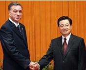 胡锦涛会见黑山总统