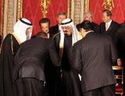 "<strong>谦恭版奥巴马</strong><br>奥巴马向沙特国王""鞠躬"""