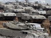 以军坦克在加沙边境地区集结