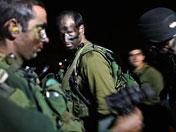 以色列年轻士兵因压力过大哭泣