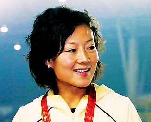 女足任丽萍宣布退役 称报效国家未必在球场